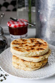 Tekakor i stekpanna   Nina Hermansen - Niiinis Kitchenlife Dessert Recipes, Desserts, Lchf, Pancakes, Food And Drink, Yummy Food, Breakfast, Visa, 8 Bit
