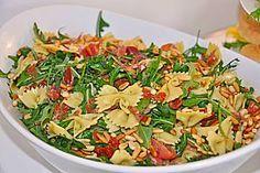 Nudelsalat auf italienisch <3  sehr hoher Suchtfaktor