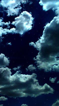 Night Sky Wallpaper, Cloud Wallpaper, Wallpaper Space, Iphone Background Wallpaper, Scenery Wallpaper, Tumblr Wallpaper, Dark Wallpaper, Galaxy Wallpaper, Phone Backgrounds
