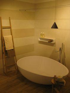 Vov White #Bathtub designed by Oriano Favaretto, chosen fot the new @Marazzitile #showroom, based in #Milan. #MastellaDesign #designbasin #wahbasin #freestanding #cristalplant