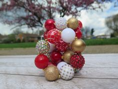 Red and gold bubblegum bracelet for baby girls by SweetPeaCharlies on Etsy First Birthday Outfits, Girl First Birthday, First Birthday Parties, First Birthdays, My First Christmas Outfit, Toddler Christmas, Valentine's Day Outfit, Christmas Shirts, Ornament Wreath