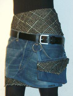 """Ausgefallener Taillen-Rock mit schräger """"Doppelrock"""" -Wirkung. *Ein echter Hingucker!*  Aus einer blauen Jeans  mit schwarz/weiß/blau kariertem Stoffeinsätzen am Bund und Saum gefertig...."""