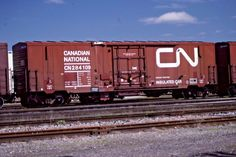 ORIGINAL KODACHROME CANADIAN NATIONAL RWY INSULATED BOX # 284109 BELLEVILLE 1991 | eBay