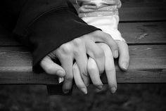 Google Image Result for http://s2.favim.com/orig/32/black-amp-white-hands-love-photography-Favim.com-253142.jpg