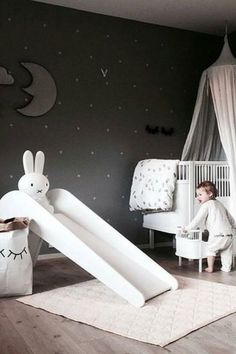 White kid bedroom | Bring the elegance and luxury to your kids' room with Circu Magical furniture! Check our white inspirations: CIRCU.NET . . . . . #circumagicalfurniture #kidsfurniture #kidsroom #kidsinterior #whitedecor #whitedecoration #whitedeco