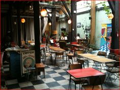 le comptoir general   80 quai de Jemmapes  75010 Paris  lundi-vendredi 18h/2h  samedi 11h/2h  dimanche 11h/1h