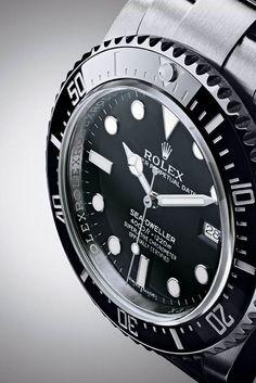 La Cote des Montres : La montre Rolex Oyster Perpetual Sea-Dweller 4000 - Rolex fait renaître une légende de la plongée professionnelle créée en 1967