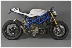 Ducati 1098S (via Masei Helmet)