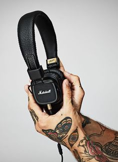 Marshall Headphones #marshall #auriculares #geekup: