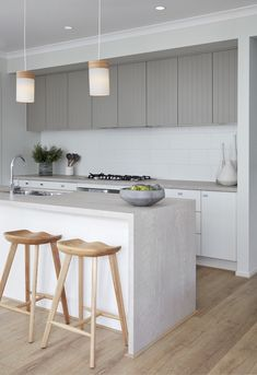 How an Instagram-Worthy Kitchen Renovation Comes Alive With the Right Surfaces #kitchen