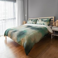 Product Image for Brush Stroke Duvet Cover in Green/White 1 out of 2