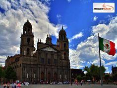 MONEYBACK MÉXICO. Toluca es la capital del Estado de México y la quinta zona más poblada del país con casi un millón de habitantes, que destaca por su desarrollo industrial y comercial, y partes de su ciudad que aún conservan un aspecto colonial, como la catedral y los portales. En negocios de Toluca puedes obtener devolución de impuestos si eres turista extranjero viajando en México. + #moneyback www.moneyback.mx  MONEYBACK MÉXICO. Toluca es la capital del Estado de México y la quinta zona…