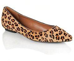 I need a pair of cheetah flats!!