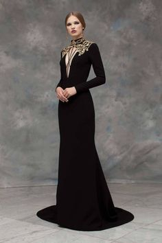 Rayane Bacha Fall/Winter Collection Source Source by vivaring Kleider Fantasy Gowns, Fantasy Outfits, Style Haute Couture, Vestidos Vintage, Mode Style, Beautiful Gowns, Costume Design, Pretty Dresses, Runway Fashion