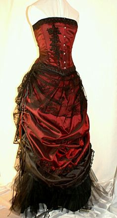 Gothic: Bound by Obsession: Burgundy and black Victorian inspired bustled wedding gown. Steampunk Clothing, Steampunk Fashion, Gothic Fashion, Victorian Fashion, Steampunk Wedding, Gothic Wedding, Geek Wedding, Medieval Wedding, Wedding Ideas