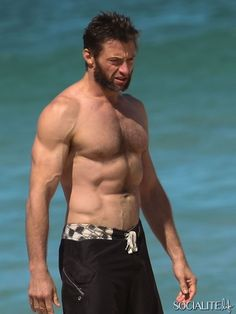 Hugh Jackman And Family Spend The Day at Bondi Beach
