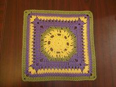 Ravelry: Lemony Lime Citrus Square pattern by Donna Mason-Svara Crochet Square Patterns, Crochet Squares, Crochet Granny, Crochet Motif, Crochet Stitches, Granny Squares, Big Granny, Crochet Bunting, Free Pattern