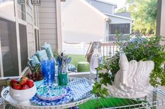 This screened in porch is amazing and has so many inexpensive decor finds and inspiration for creating an inviting outdoor room this summer! Porch Makeover, Screened In Porch, Outdoor Rooms, My House, Patio, Table Decorations, Porch Ideas, Create, Inspiration