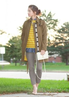 image12 15 Petite Fashion Bloggers with Big Style