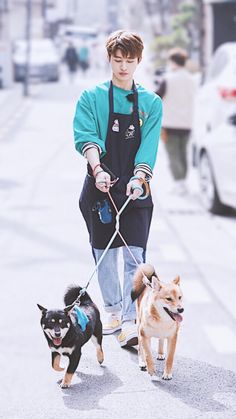 #iKON #leader #one_and_only #KimHanBin #BI #김한빈 #비아이 Kim Hanbin Ikon, Ikon Kpop, Mix And Match Ikon, Ikon Leader, Ikon Debut, Ikon Wallpaper, Choi Seung Hyun, Seong, Bands