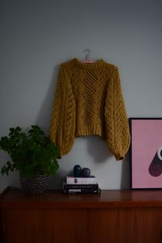 Hvirvelvind sweater – a nordic knitting tale Sweater Knitting Patterns, Knitting Stitches, Knitting Yarn, Baby Knitting, Vogue Knitting, Knitting Books, Knitting Projects, Knitting Ideas, Knitting Magazine