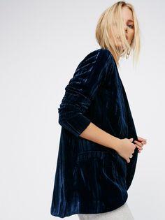 FREE PEOPLE Solid Crinkle Velvet Slouchy Jacket $168 xs midnight