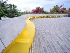 seat wall / pavers