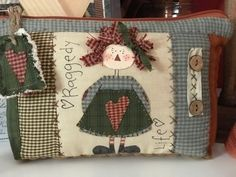 Cose y calla : …Home Sweet Home! Colchas Country, Country Quilts, Country Crafts, Patch Quilt, Quilt Blocks, Applique Patterns, Applique Quilts, Quilt Patterns, Quilted Pillow