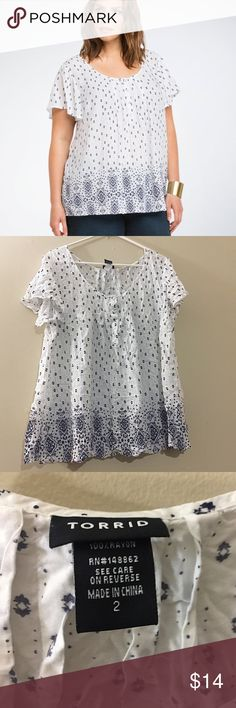 ‼️NEED GONE TODAY‼️NWOT Mosaic Print Challis Top NWOT bohemian white challis with pullover scoop neck and flutter sleeves. Navy mosaic print trim at the hem. Torrid size 2 or 2X. Smoke free/pet friendly. Tops Blouses