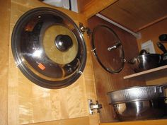 Easiest Cupboard Pan Lid Organiser : 4 Steps (with Pictures) - Instructables Pot Lid Organization, Lid Organizer, Kitchen Organization, Organizing Ideas, Small Cupboard, Cupboard Doors, Pot Lids, Pot Rack, Stick It Out