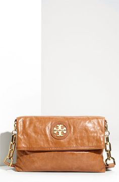 tory burch crossbody. must. have