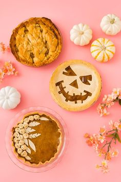 Celebrate the season with these 3 easy pie crust designs that are sure to impress.