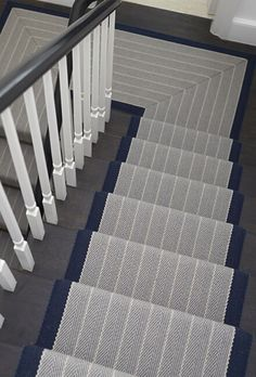 Best 25 Best Herringbone Stair Runner Images Herringbone 400 x 300
