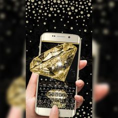 Who doesn't love #diamonds ? We sure can't resist them. They are so #pure, #beautiful , so #mesmerizing , yet so tough. They can withstand almost anything that comes their way, not to mention they are #ExtremelyValuable. Like so is our new theme, Luxury #Gold Diamond Keyboard Theme 2018. It is built in such a #stylish way that it will take your breath away. This #luxury gold diamond theme makes your #phone look like a piece of #jewelry – #classy , #groomed and #exquisite .