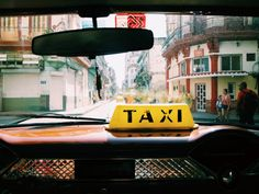 How to catch a taxi and get around in Havana, Cuba