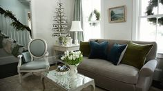 Learn how to create a contemporary, non-traditional, cottage-style, or sophisticated space for the holiday season./