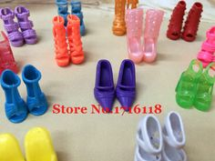 C$ 1.30 Pas cher Randomly Picked 10 Pairs Colorful Assorted Fashion Colorful Doll Shoes Heels Sandals For Barbie Dolls Accessories  Outfit Dress, Acheter  Accessoires pour poupées de qualité directement des fournisseurs de Chine:3 Pcs =1 x Mini Sleeveless Dress Classic Black Wedding Party Gown + 2 x Copy Crystal Shoes Princess Clothes For Barbie D