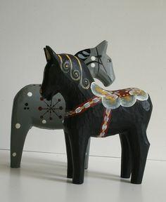 more dala horse loveliness: from bratli's flickr via ninainvorm
