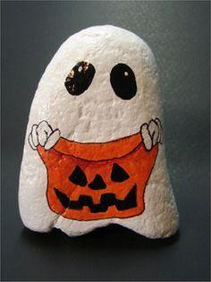 17 Holiday Painted Rocks Ideas for Halloween and Christmas - Steine bemalen - halloween art