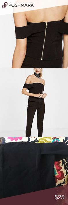 BNWT Express Fitted Off the shoulder top - Sz 12 Brand new gorgeous off the shoulder top with gold exposed zipper - too short for my torso 😩😣 Express Tops