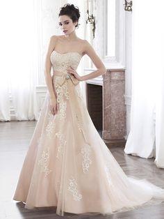 Brautkleider von Top-Marken   miss solution Bildergalerie - Ellarae by MAGGIE SOTTERO