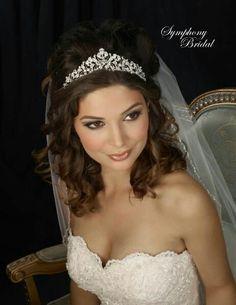 Hochzeit Frisur Tiara
