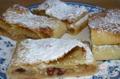 Pokud štrúdl, tak jedině z domácího poctivě připraveného těsta. Žádné kupované listové, i když je pravda, že z kupovaného připravíte koláček za maximálně půl hodinu, ale poctivé domácí těsto, které dovolím si říct, nemá konkurenci. Autor: Marta Graham Crackers, Food Art, French Toast, Food And Drink, Sweets, Cooking, Breakfast, Cake, Recipes