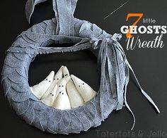 7 little ghosts wreath
