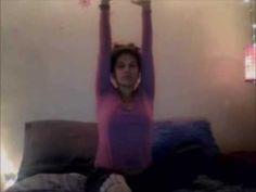 (todas las noches antes de dormir,d.20-09-15).Yoga en la Cama con Sania