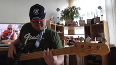 Funk Fusion backing track jaming with Guthrie Govan's solo HD1080 m2 Bas...