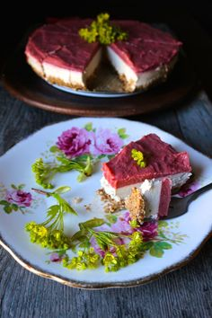 This Roasted Rhubarb + Vanilla Cream Raw Pie tastes exactly like a pink creamsicle, it's decadent yet light and nourishing, vegan and paleo friendly.