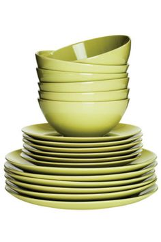 IKEA - FÄRGRIK, dinnerware set, turquoise, The dinnerware's simple, functional design is easy to coordinate with other colors and shapes - and makes FÄRGRIK the perfect base for many types of meals. Includes: Plate side plate and bowl dia. 6 of each. Pops Kitchen, Green Kitchen, Kitchen Ideas, Kitchen Design, Comfy Cozy Home, Kitchenware, Tableware, Kitchen Accessories, Kitchen Gadgets