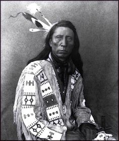 This is Chief JACK Red Cloud, SON of Chief Red Cloud & his wife, Pretty Owl. Please refer to original link & do note difference in facial features such as nose, eyes & lips. This IS NOT Chief Red Cloud. Native American Images, Native American Beauty, Native American Tribes, American Indian Art, Native American History, Navajo, Red Cloud, Folk, Cherokee