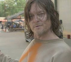 Norman on set - The Walking Dead Season 7 - Daryl Dixon